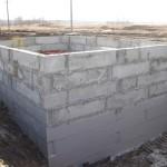 Закончили монтаж коробки локальных очистных сооружений №3, проводим гидроизоляцию бетона.