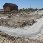 Озерная 6а провели замену грунта в основании фундамента.