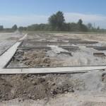 Туманова 3 готова бетонная подготовка, снимаем опалубку.
