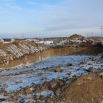 Начали копать и «вымораживать» котлован для ЛОС-3