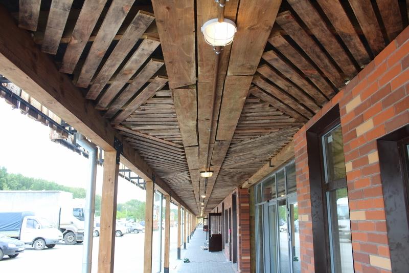 Декоративный потолок навеса с освещением на Лайн–ритейле.