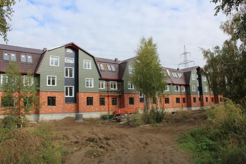 Вадима Туманова, 1а. Вид на главный фасад. Закончили монтаж металлосайдинга 2-го и 3-го этажа всего дома.