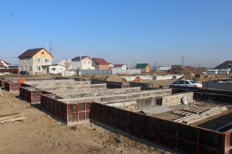 Квартал Согласия, 5. Выставляем и раскрепляем опалубку, на следующей неделе принимаем бетон.