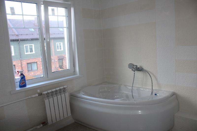 Сама ванная.