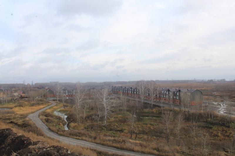 Смотровая площадка будущей горнолыжки уже позволяет наслаждаться видами на наш микрорайон :-).