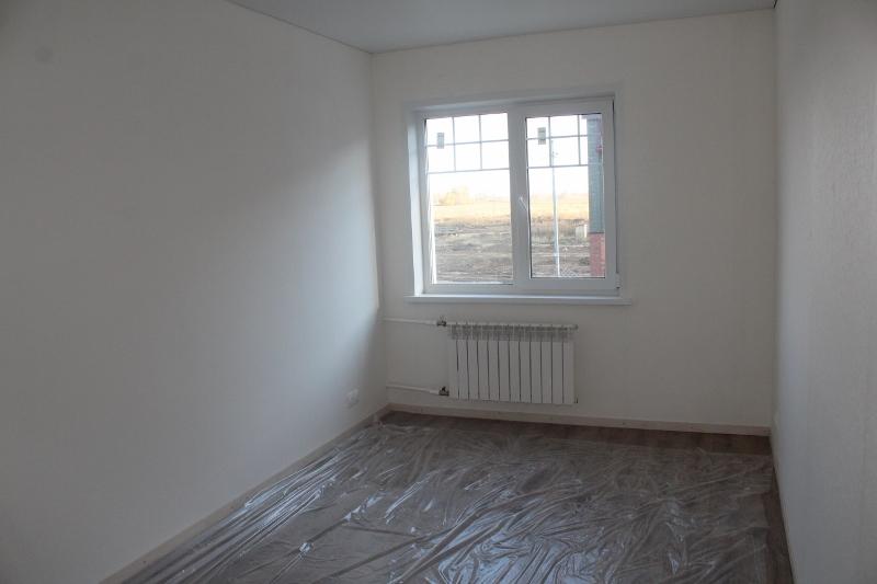 2-я жилая комната на 2-м этаже. Вид с другого угла помещения.