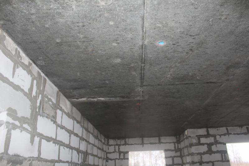 Квартал Согласия, 1. Идеально ровный потолок на первом этаже, как результат перехода нами с железобетонных плит на монолитное перекрытие.