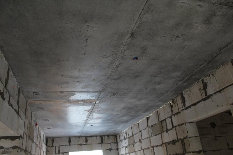 квартал Согласия, 1. Ровненькие потолки в квартирах.