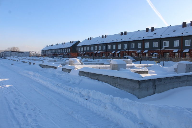 Жилой дом (таунхаус) по адресу: ул. Вадима Туманова, 3а. Пока что на стадии фундамента.