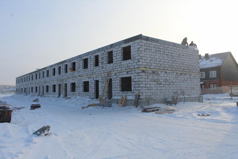 Жилой дом по ул. Вадима Туманова, 4а. Закончили кладку стен второго этажа.
