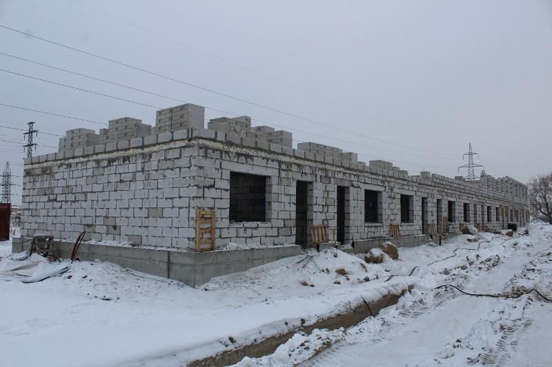 Жилой дом по ул. Вадима Туманова, 4а. Залили монолитное перекрытие первого этажа.