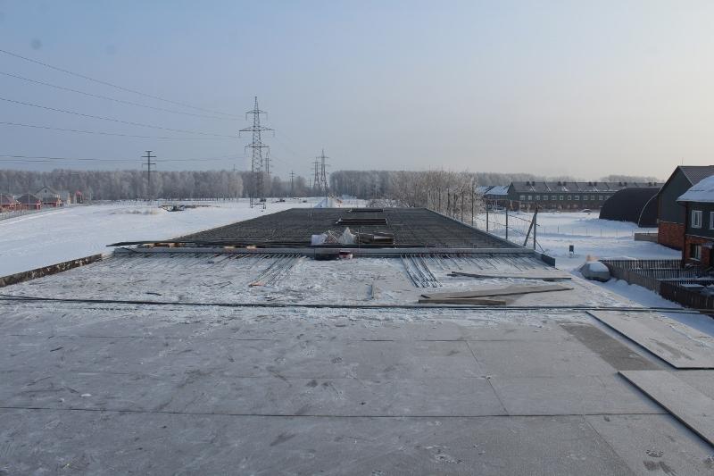 Жилой дом по ул. Вадима Туманова, 4а. Закончили армировать монолитное перекрытие второго этажа на первой половине дома, на днях уже примем бетон.