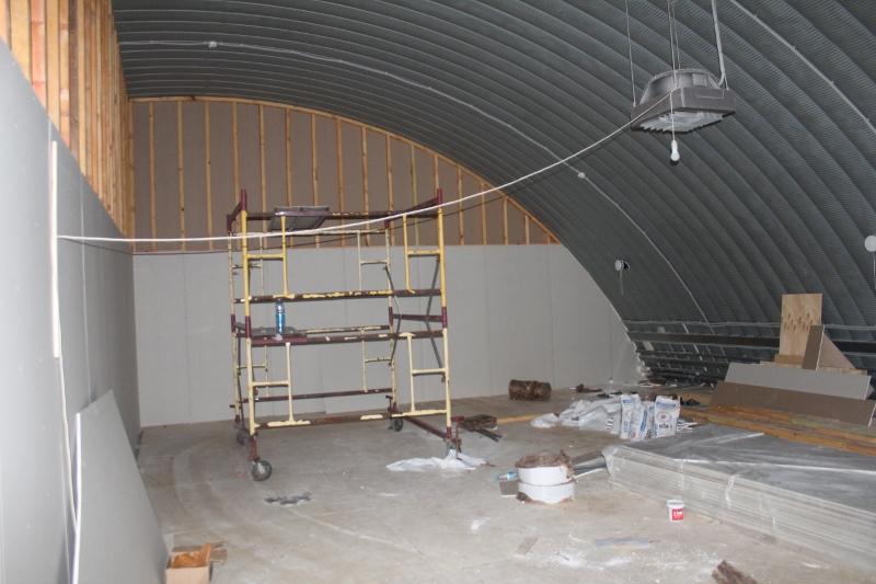 Спортивный центр. Второй этаж вид изнутри помещения.