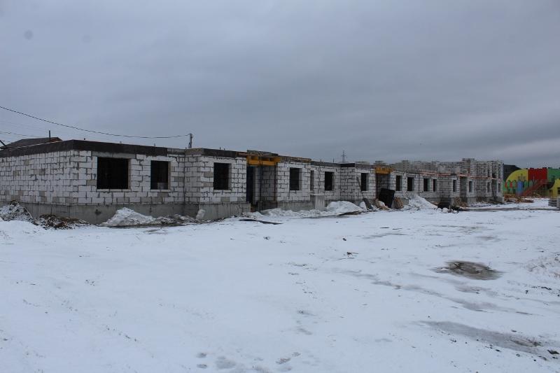 квартал Согласия, 4. Вид на дворовой фасад. Закончили армировать монолитное перекрытия первого этажа. На следующей неделе примем бетон.