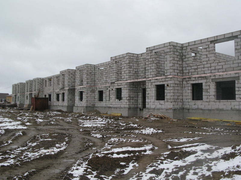 квартал Согласия, 4. Ведутся подготовительные работы для устройства монолитного перекрытия второго этажа.