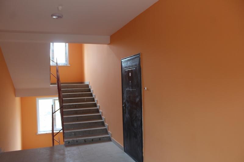 квартал Согласия, 1. Цвет стен в подъезде №1.