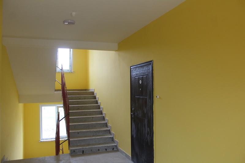 квартал Согласия, 1. Цвет стен в подъезде №2.