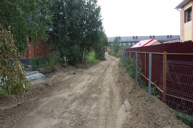 Беговая дорожка в сторону детского сада.