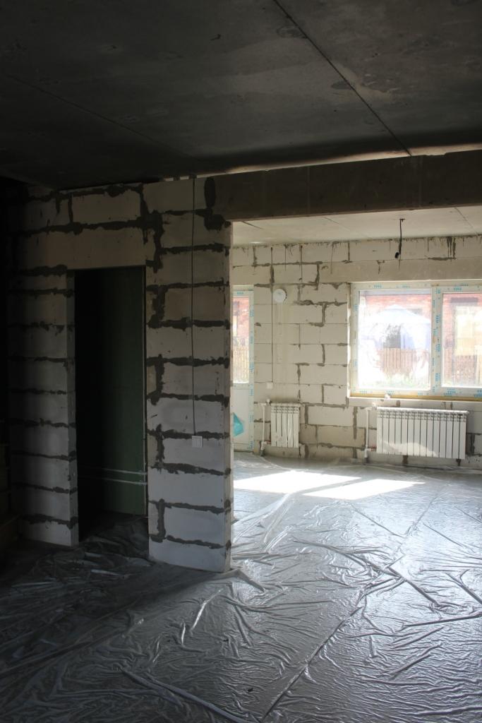 Высота помещения стала больше, это создает ощущение совсем других пропорций